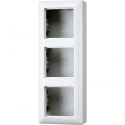 A500 Коробка 3-ная для накладного монтажа, бел.