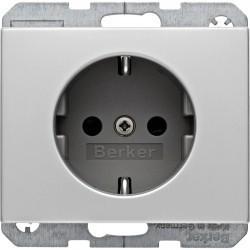 Розетка Berker, скрытый монтаж, с заземлением, со шторками, алюминий, 47357003