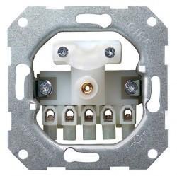 Gira Гнездо BNC для обжима кабелей выч. техники диаметром 6-6,15 мм 75 Ом
