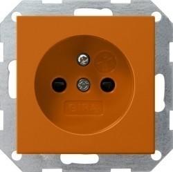 Розетка Gira SYSTEM 55, скрытый монтаж, с заземлением, со шторками, оранжевый, 011502