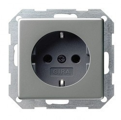Розетка Gira SYSTEM 55, скрытый монтаж, с заземлением, со шторками, серебристый, 045328