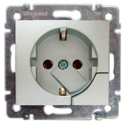Розетка Legrand VALENA CLASSIC, скрытый монтаж, с заземлением, алюминий, 770194